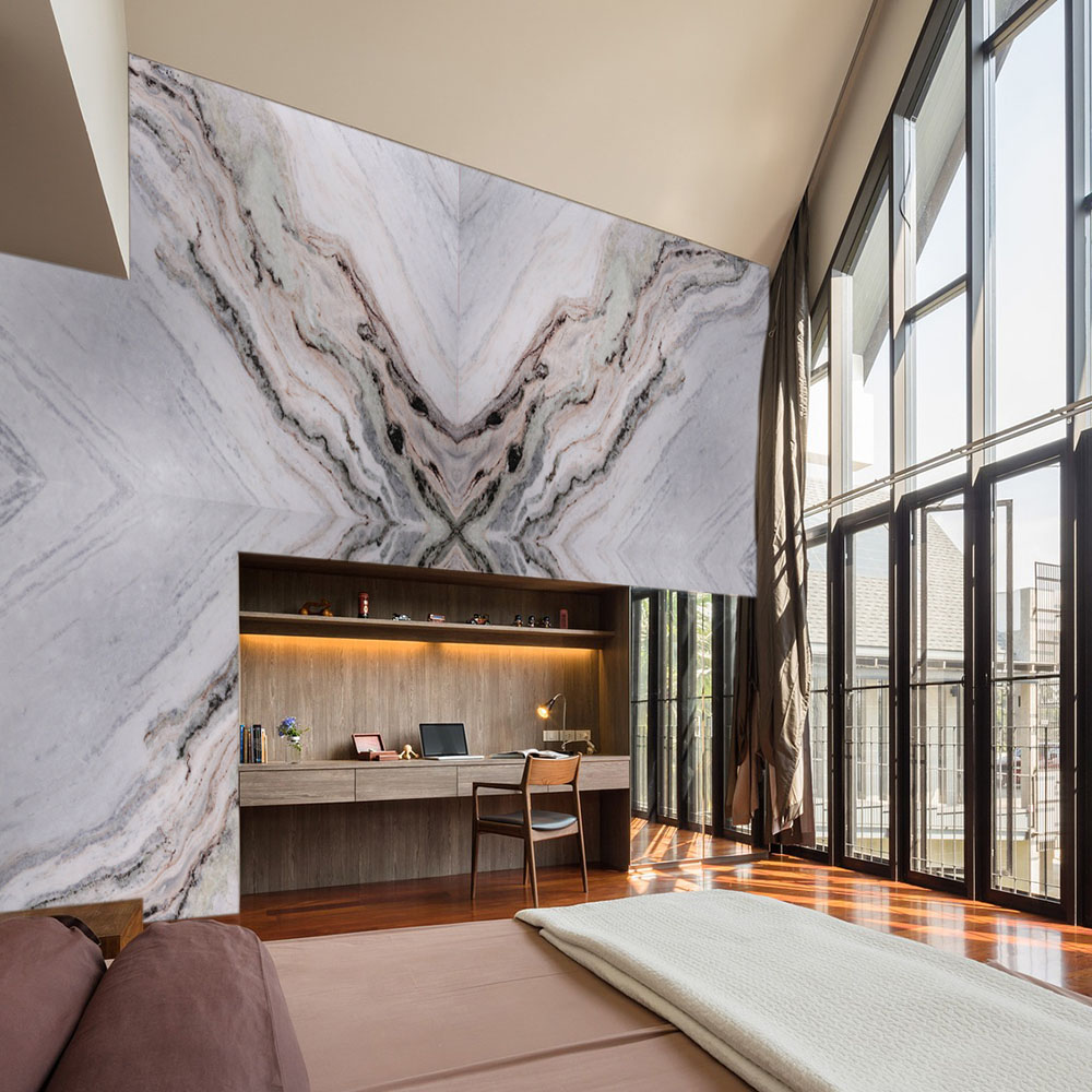 Medusa Granite Wall