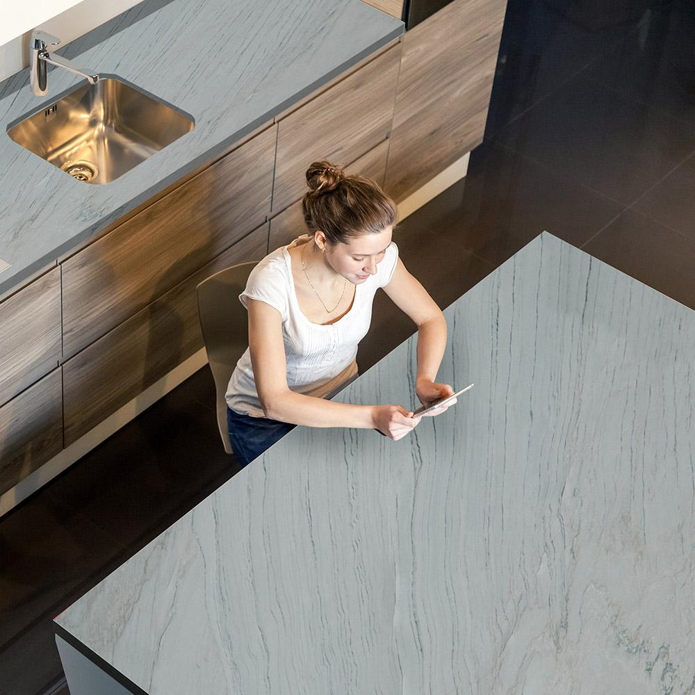 Sete Mares Quartzite Kitchen
